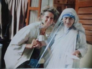 Dr Joffe Ellis and Mother Theresa. After Dr Joffe Ellis received a gold medal from the Indian Board of Alternative Medicine in affiliation with the World Health Organization.