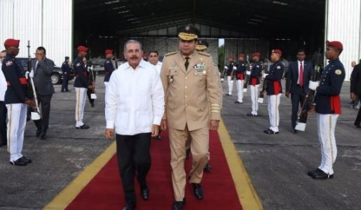 Presidente Medina viaja con destino a Honduras a participar en reunión de SICA
