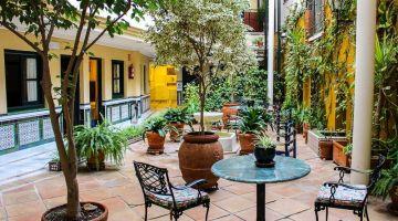 Hotel Cervantes Sevilla y qué ver o hacer a sus alrededores