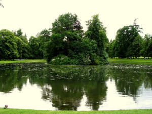 Princess Diana's final resting place, an island on the Althorp Estate, which belongs to her brother, the Earl Spencer.