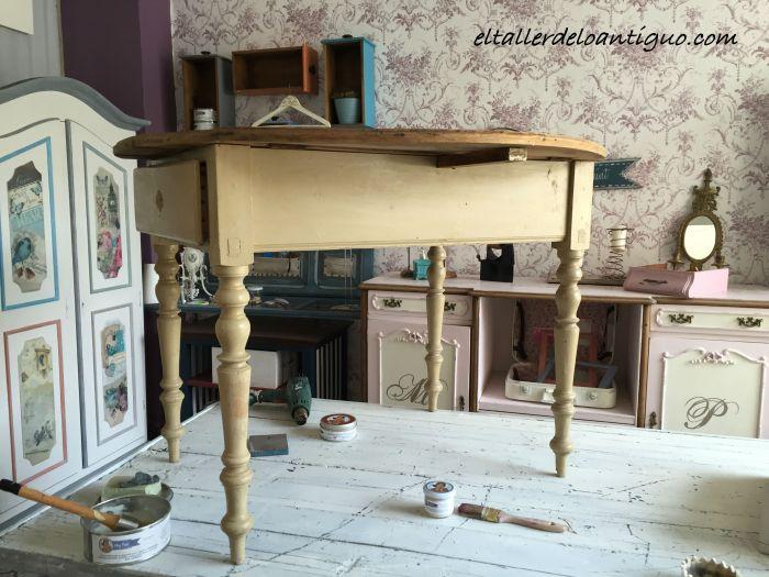 Pintar una mesa tocinera - El Taller de lo Antiguo