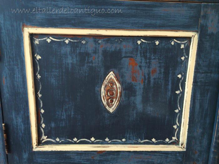 15-Pintura-decorativa-en-un-mueble-ingles