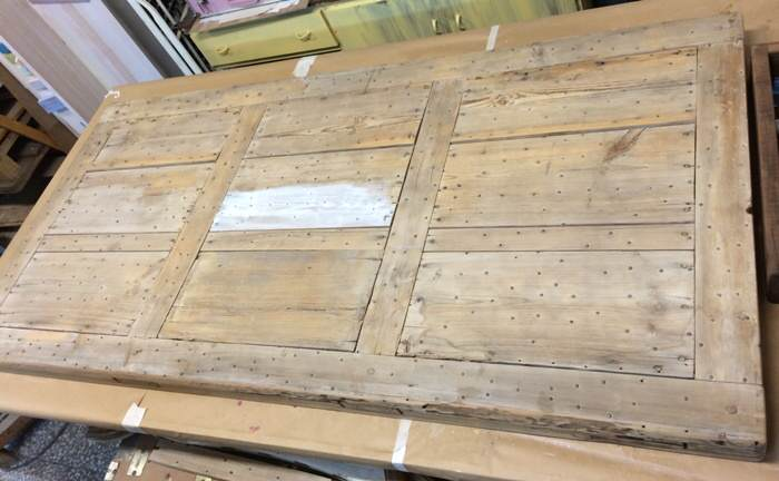 2-Reciclar de puerta a mesa de exterior