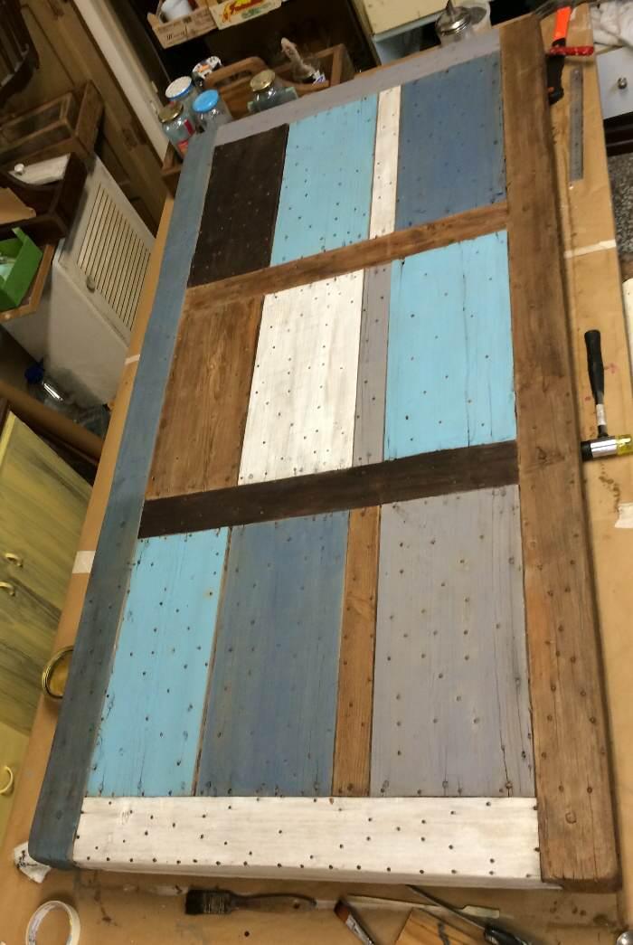 4-Reciclar de puerta a mesa de exterior