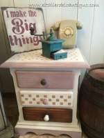 Pintar muebles de pino miel