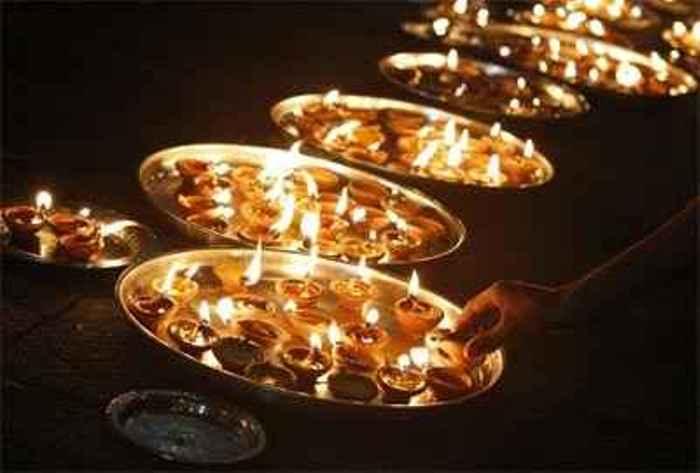 decora con velas y cazuelas