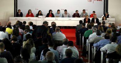 El PSOE aprueba una abstención incondicional para que Rajoy sea presidente