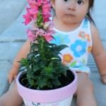 DIY: Macetero decorado con las huellas del bebé