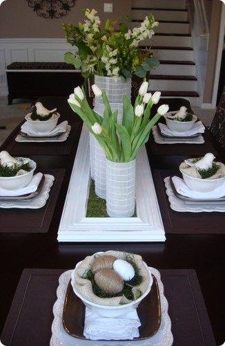 easter table 326x500 Easter Decorating Ideas