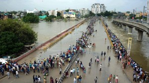 151204094733-india-chennai-flood-1-exlarge-169