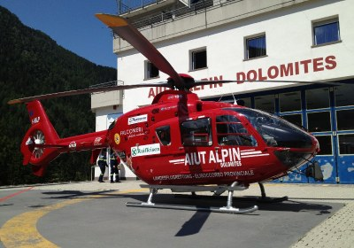 elicottero-aiut-alpin-dolomites