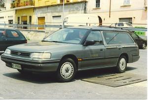 Fig. 5-6-7) autofunebri su Subaru Legacy, Volkswagen Passat e Volkswagen T3, foto5 e 7 Alberto Di Grazia , 6 da depliant della carrozzeria (la Passat)