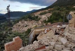 Aggiornamenti sul terremoto in centro Italia: molte vittime, migliaia di soccorritori sul posto