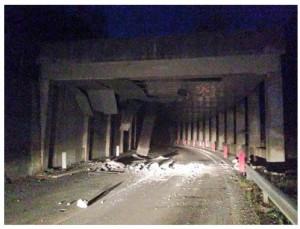 Un tratto della via Salaria devastata dal terremoto