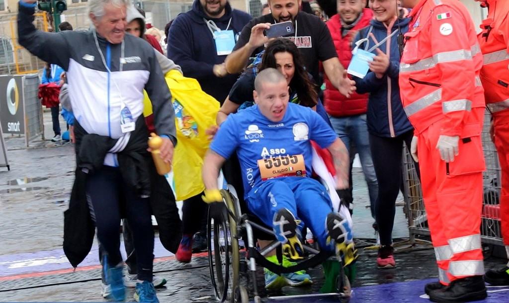 Una delle immagini più belle della Maratona di Roma 2017.