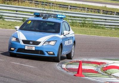 media-La SEAT e la Polizia di Stato impegnate in pista (10)