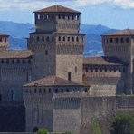 Parma Torrechiara Castle B&B Accomodation plus Parma ham visits