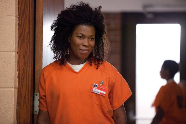 Orange is the new black 2x02: Looks blue, tastes red
