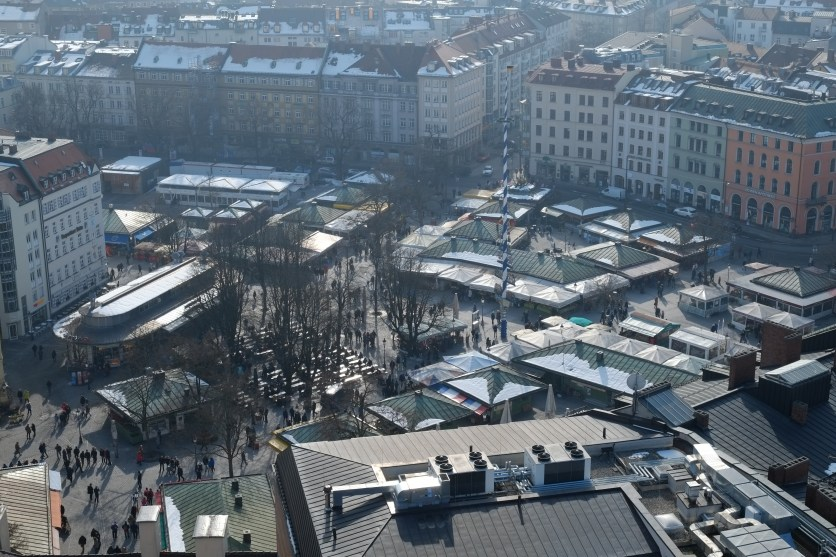 Viktualienmarkt von oben - Aussicht vom Alten Peter