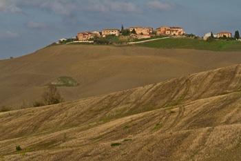 val-orcia-famille-toscane-voyage-italie-colline