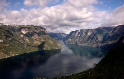 Fjord-Naerofjord-Norvège