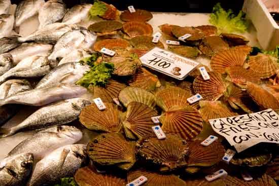 marché-poissons-rialto-venise