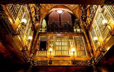 salon-palais-Guell-barcelone