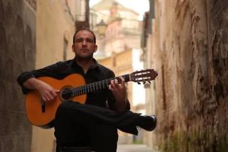 El guitarrista Alberto Carrión llega a Nueva York por segunda vez