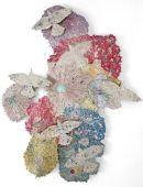 Kiki Smith, Harmonies, 2011. 4 éléments, bronze avec or, argent, et feuille japonaise Courtesy The Pace Gallery / Walla Walla Foundry Photography Melissa Christy © Kiki Smith
