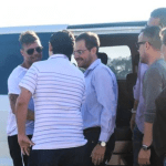 Ricky Martin ya llegó al país: mirá las fotos