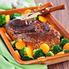 Brécol con cerdo asado