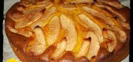 Bizcocho con manzana, limón y canela