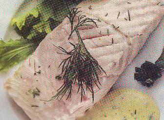 Salmón al vapor de eneldo con mostaza