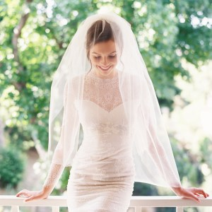 PERFECT FINGERTIP BLUSHER BRIDAL VEIL