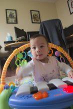 Stella on the piano - 2016-07-04--020
