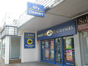English: Dry cleaners in Stoke Road