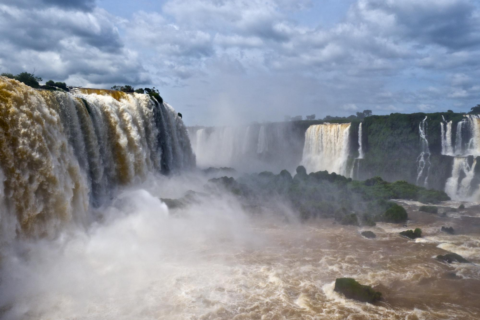 Visiting Iguazu Falls: Brazil and Argentina