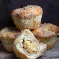 Apple Cheesecake Muffins