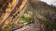"""El escalador norteamericano Paul Robinson está buscando nuevas líneas de boulder alrededor del mundo, para la producción de su nuevo video de escalada """"Uncharted Lines"""", […]"""