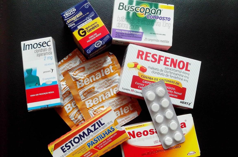 Como levar remédios em viagem internacional - 'Farmacinha' básica não precisa receita