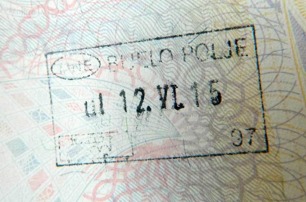Precisa de visto para viajar a Montenegro?