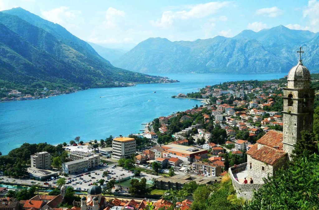 Países para viajar barato - Em Montenegro se gasta US$ 47 por dia