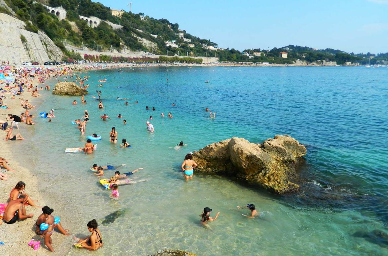 Praias mais bonitas da Europa - Villefranche-sur-Mer (França)