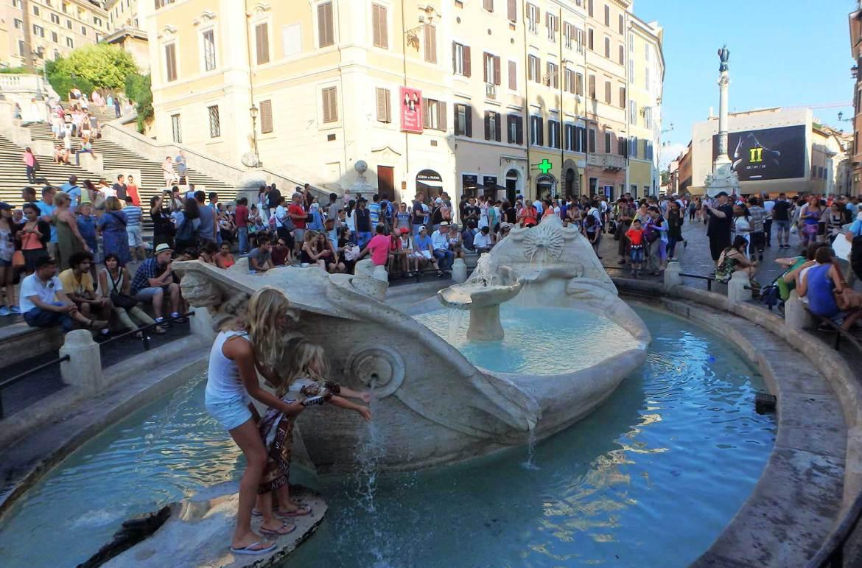 Verão na Europa pode ser roubada - Roma (Itália)