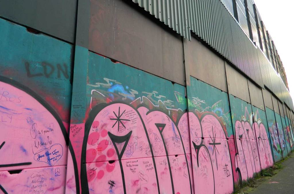Roteiro na Irlanda - Muro de Belfast