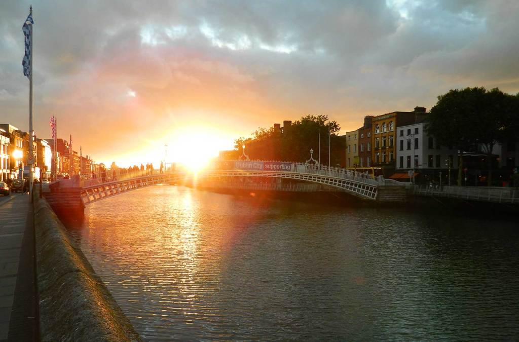 Roteiro na Irlanda - Rio Liffey