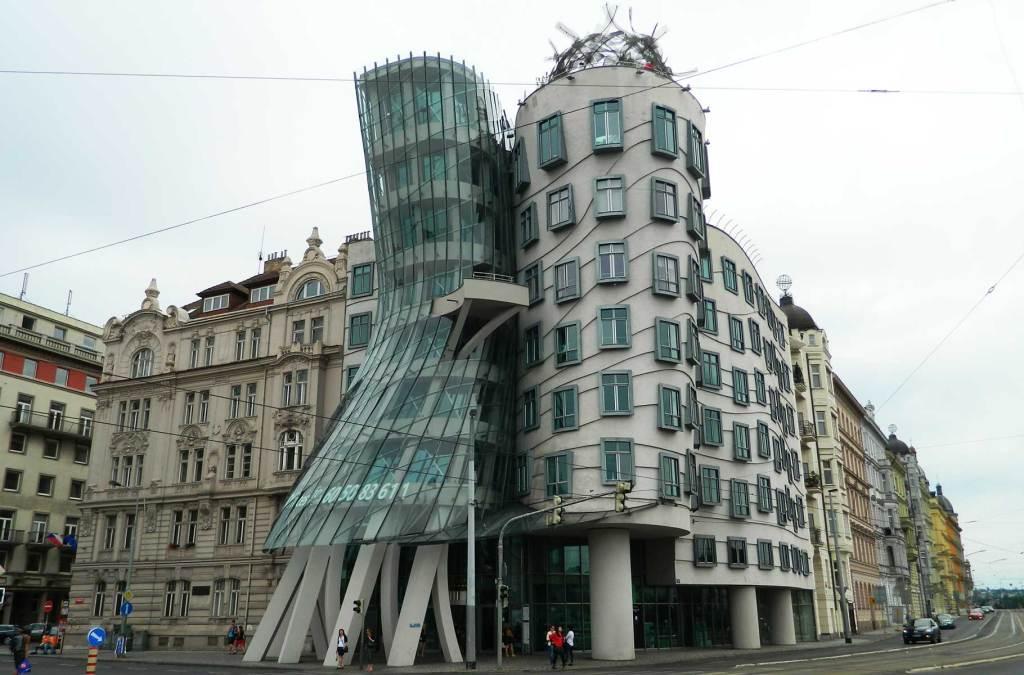 Roteiro em Praga - Dancing House