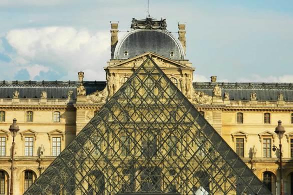 O que ver no Louvre - Pirâmide