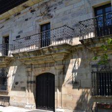 Fachada Palacio de Mier
