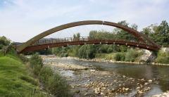 Puente-pasarela sobre el río Saja